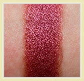 mac cranberry swatch