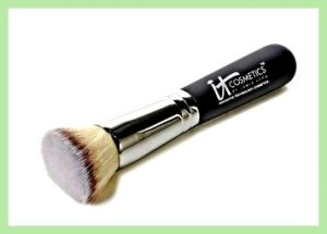 it cosmetic brush